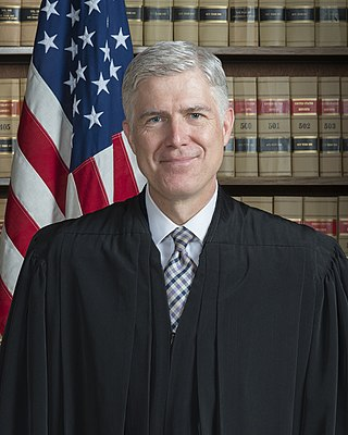 320px-Associate_Justice_Neil_Gorsuch_Official_Portrait.jpg
